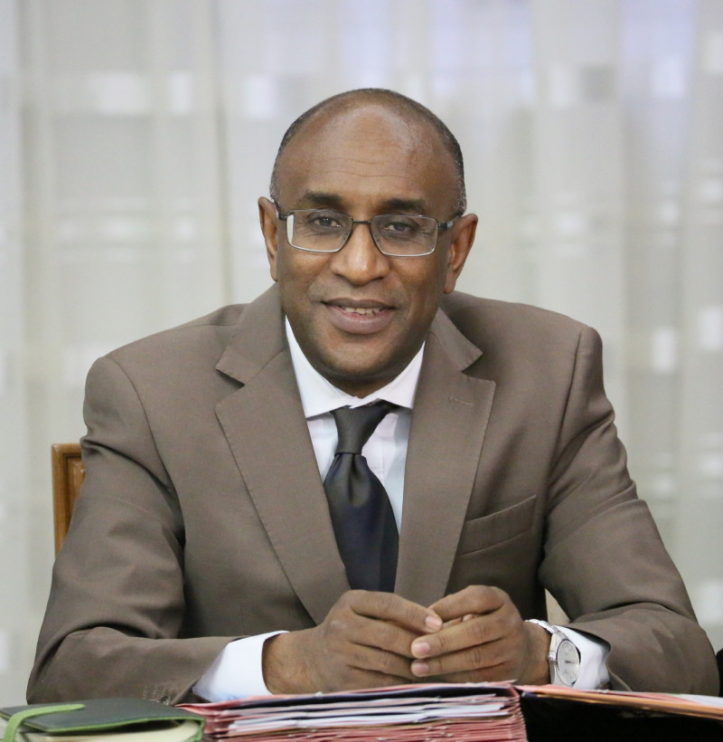وزير الصحة البروفيسور كان بوبكر