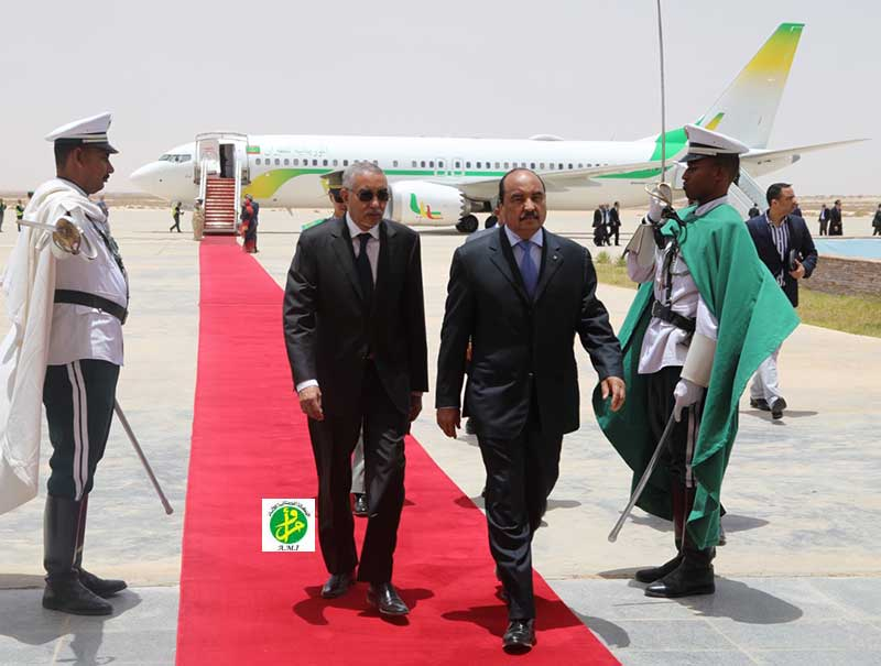 ولد عبد العزيز في مطار نواكشوط اليوم عائدا من اسطنبول (وما)