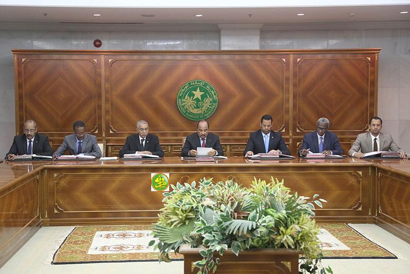 مجلس الوزراء خلال اجتماعه اليوم بالقصر الرئاسي (وما)
