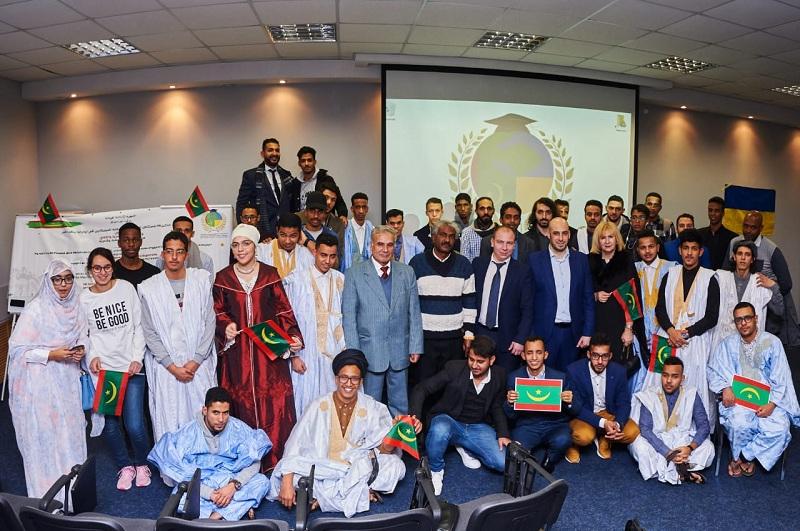 صورة جماعية لحضور حفل تخليذى الذكرى 58 لاستقلال موريتانيا