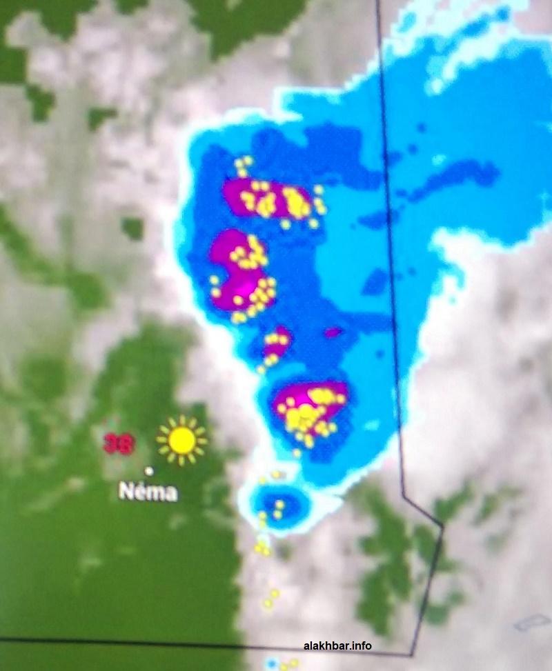 انتشار السحب الممطرة في سماء ولاية الحوض الشرقي عند الساعة الثالثة بعد ظهر الخميس