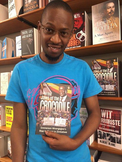 الصحفي الزيمبابوي راي ندلوفو.
