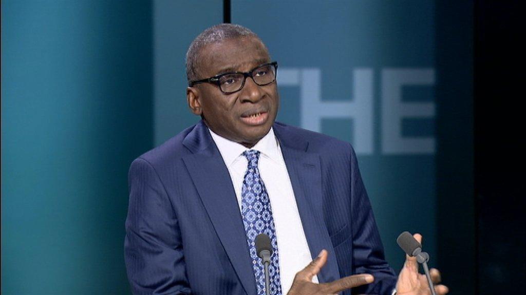 سديكي كابا وزير الشؤون الخارجية والسنغاليين في الخارج.