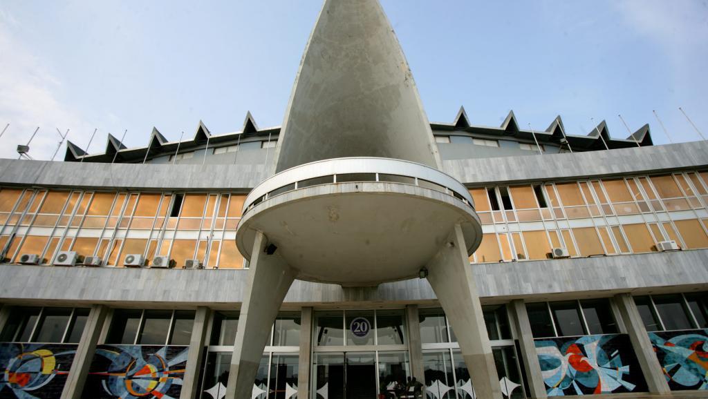 مبنى الجمعية الوطنية التوغولية في العاصمة لومي.