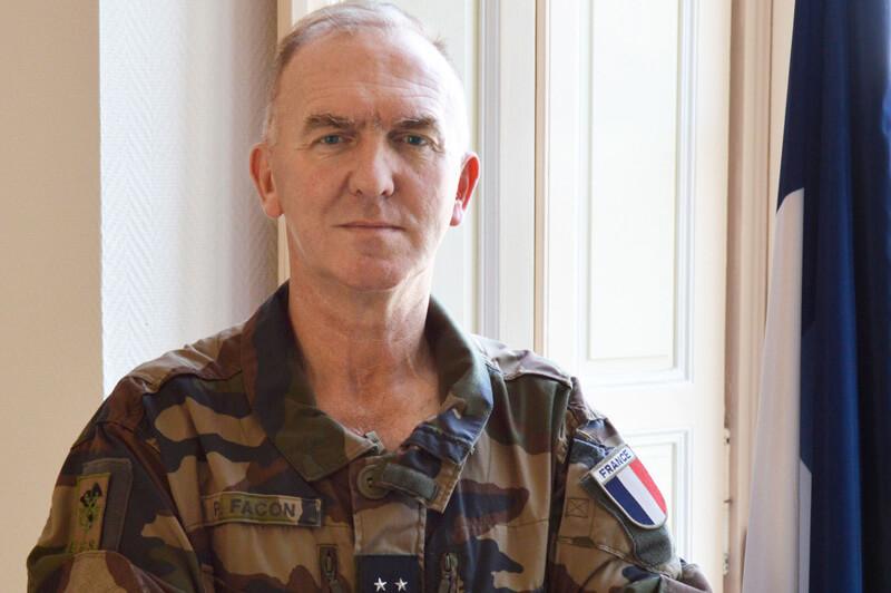 باسكال فاكون: القائد الجديد لقوة بارخان الفرنسية
