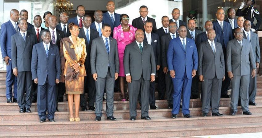 الحكومة الغابونية.
