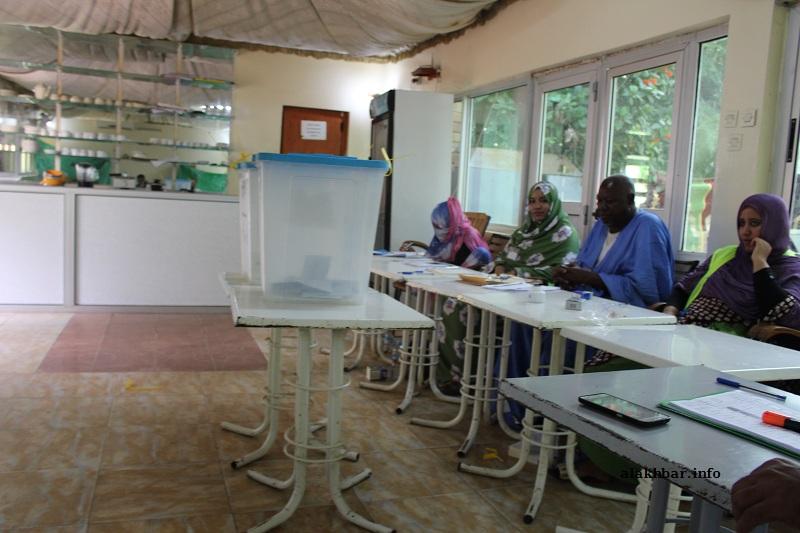 مكتب تصويت خلال الانتخابات البلدية سبتمبر المنصرم (الأخبار - أرشيف)