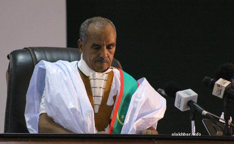 رئيس البرلمان الموريتاني الجديد الشيخ ولد باي خلال ترأسه اليوم لجلسة انتخاب نوابه ومسير الجمعية الوطنية (الأخبار)