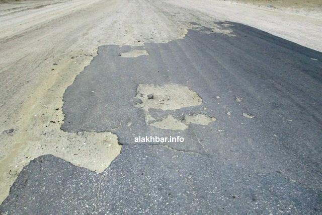 أحد مقاطع طريق الأمل أطول الطرق في البلاد، حيث يتجاوز طوله 1000 كلم ويربط العاصمة نواكشوط بالنعمة عاصمة الحوض الشرقي (الأخبار - أرشيف)