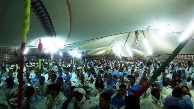 جانب من حضور الندوة الليلة البارحة في مدينة نواذيبو/ تصوير الأخبار