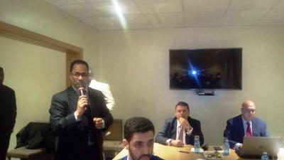أطلق الأمين العام للمنطقة الحرة الجلسة مساء اليوم (تصوير الأخبار)