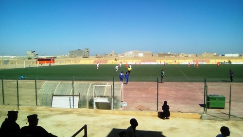 جانب من الملعب البلدي في مدينة نواذيبو/ تصوير الأخبار