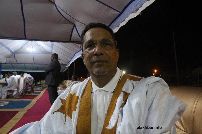 رئيس كتلة الاتحاد من أجل الجمهورية النائب محمد يحي ولد الخرشي خلال حديثه للأخبار البارحة