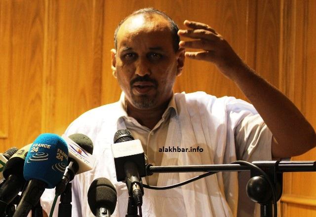 رئيس حزب الصواب النائب البرلمانيعبد السلام ولد حرمه خلال نشاط سابق (الأخبار - أرشيف)