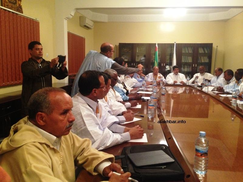 المكتب التنفيذي لحزب الاتحاد من أجل الجمهورية الحاكم خلال اجتماعه الليلة (الأخبار)