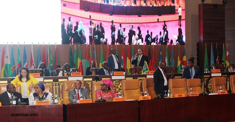 منصة اختتام القمة الإفريقية بنواكشوط قبيل بداية الحفل مساء اليوم (الأخبار)
