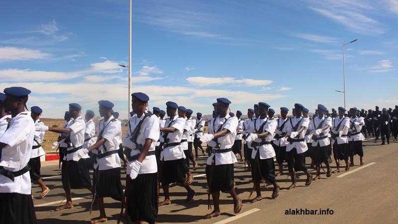 فرقة الجمالة خلال الاستعراض العسكري الأخير في مدينة أكجوجت بمناسبة الذكرى 59 للاستقلال (الأخبار)