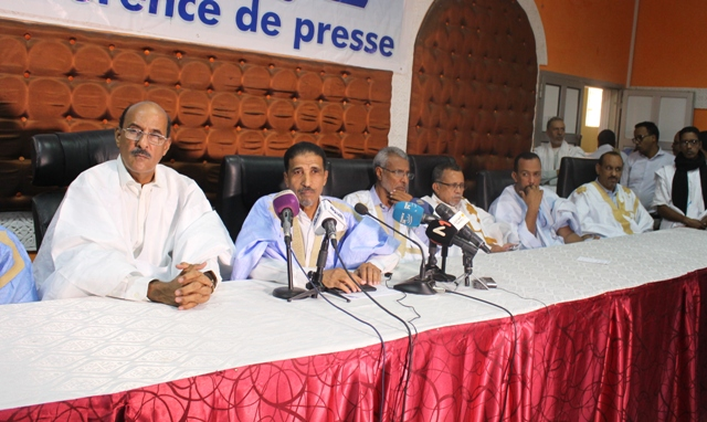 قادة بالتحالف الانتخابي لأحزاب المعارضة خلال مؤتمر صحفي نظم في 17 يناير 2019.