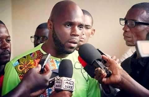 كيمي سيبا: الناشط الشبابي المعتقل في السنغال.