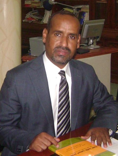 الخبير القانوني والمحامي محمد محمد سيدي عبد الرحمن إبراهيم