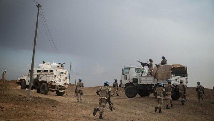 قوات تابعة لبعثة الأمم المتحدة في مالي بمدينة كيدال شمال البلاد خلال سبتمبر 2015.