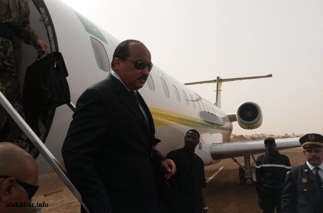 ولد عبد العزيز خلال زيارته لمدينة كيفة في 20 إبريل 2015 ـ (أرشيف الأخبار)