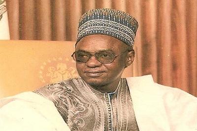 شيخو شاجاري: الرئيس النيجيري السابق.