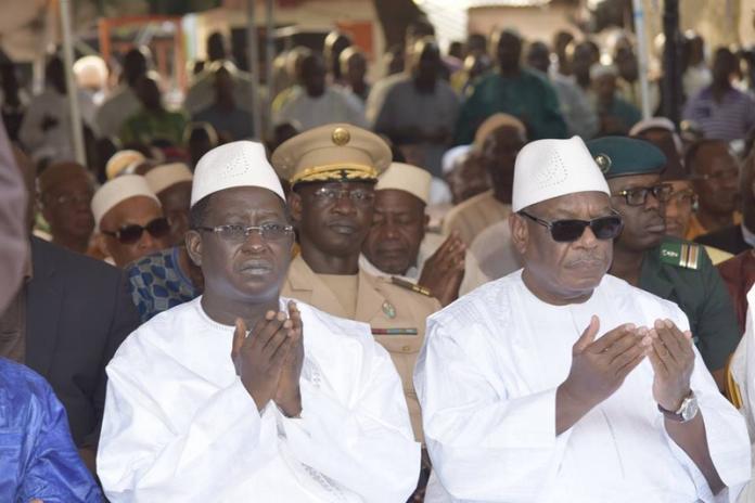 الرئيس المالي منتهي الولاية ابراهيم بوبكر كيتا وزعيم المعارضة سومايلا سيسي.