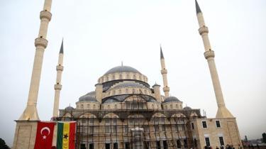 أحد المساجد بالعاصمة الغانية أكرا.