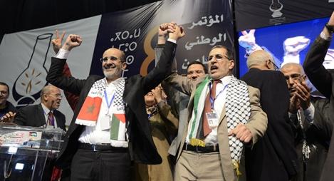 سعد الدين العثماني الأمين العام الجديد لحزب العدالة والتنمية، وإدريس الأزمي الإدريسي المتنافس على الأمانة العامة للحزب.