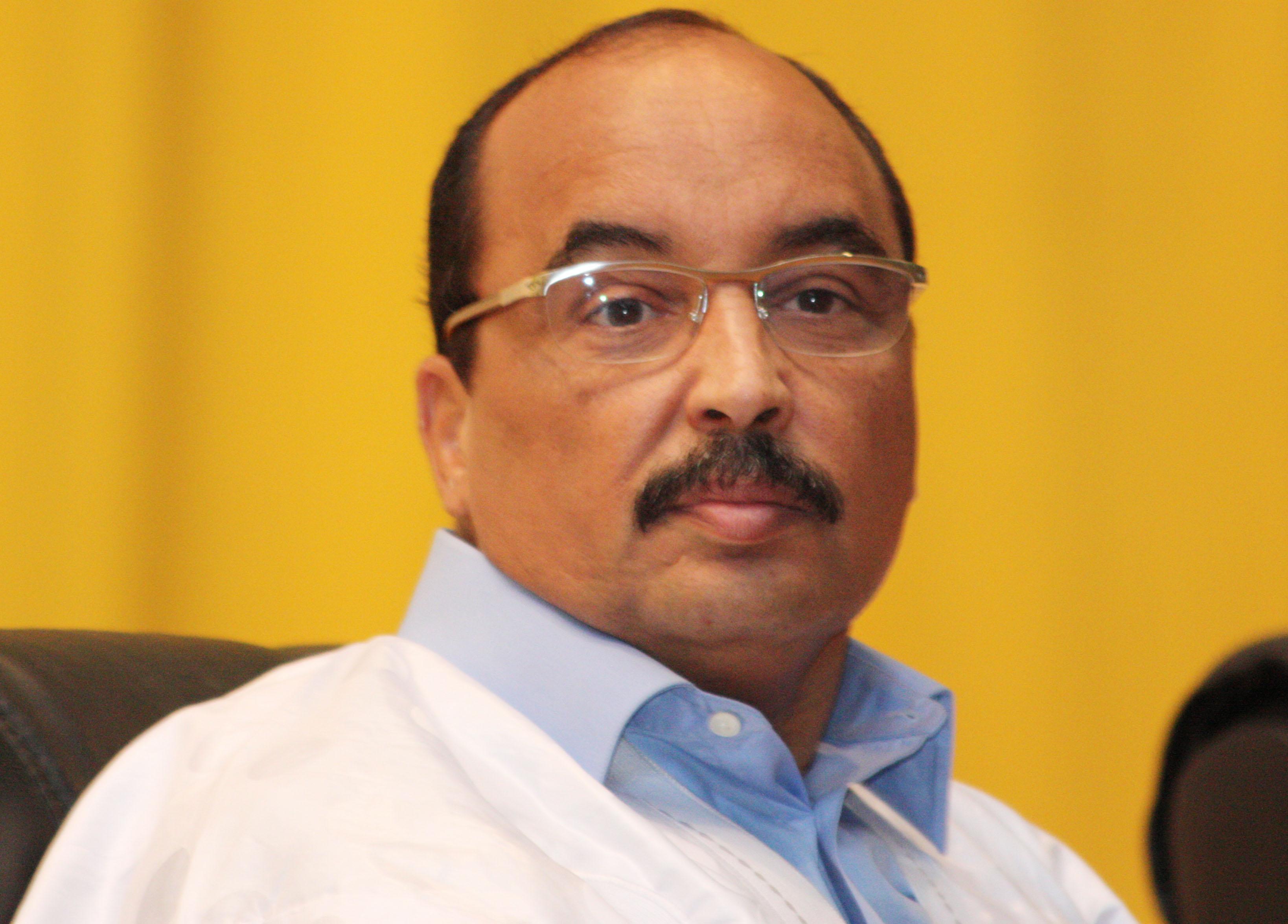 محمد ولد عبد العزيز: الرئيس الموريتاني.