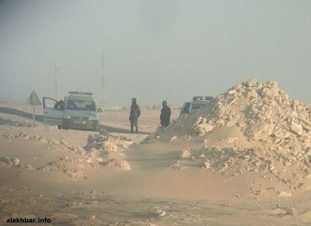 سيارات تابعة للدرك المغربي في منطقة الكركرات خلال شهر فبراير الماضي ـ (أرشيف الأخبار)