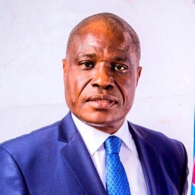 مارتن فايولو: مترشح معارض للانتخابات الرئاسية الكونغولية.