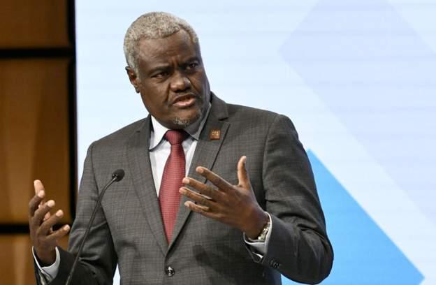 موسى فاكي: مفوض الاتحاد الإفريقي.