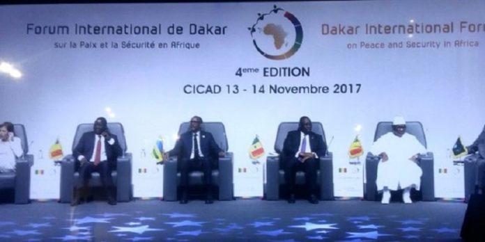 الحضور الرسمي المشارك في منتدى داكار الدولي الرابع حول السلم والأمن بإفريقيا.