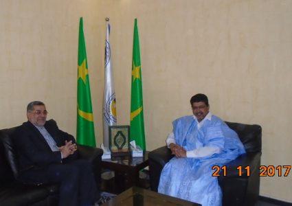 ولد محم خلال لقائه مع السفير الإيراني في نواكشوط محمد عمراني