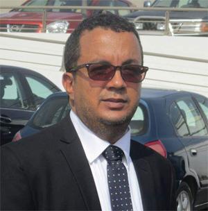 إسماعيل ولد الشيخ سيديا - كاتب موريتاني