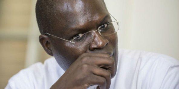 الخليفة صال عمدة داكار المعتقل والمنتخب نائبا برلمانيا من داخل السجن.
