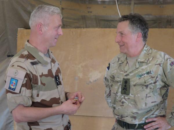 قائدا أركان الجيوش الفرنسية والبريطانية الجنرال فرانسوا لاكونتر، والجنرال نيكولا كارتر