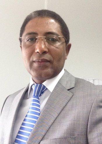 الدبلوماسي الموريتاني باباه سيدي عبد الله
