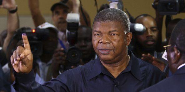 اجواوو لورانسو الرئيس الجديد لأنغولا.