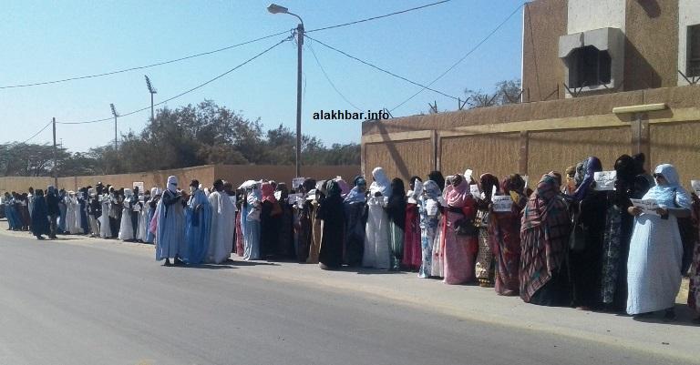 احتجاجات المعمين أمام مبنى ولاية نواذيبو/ الأخبار