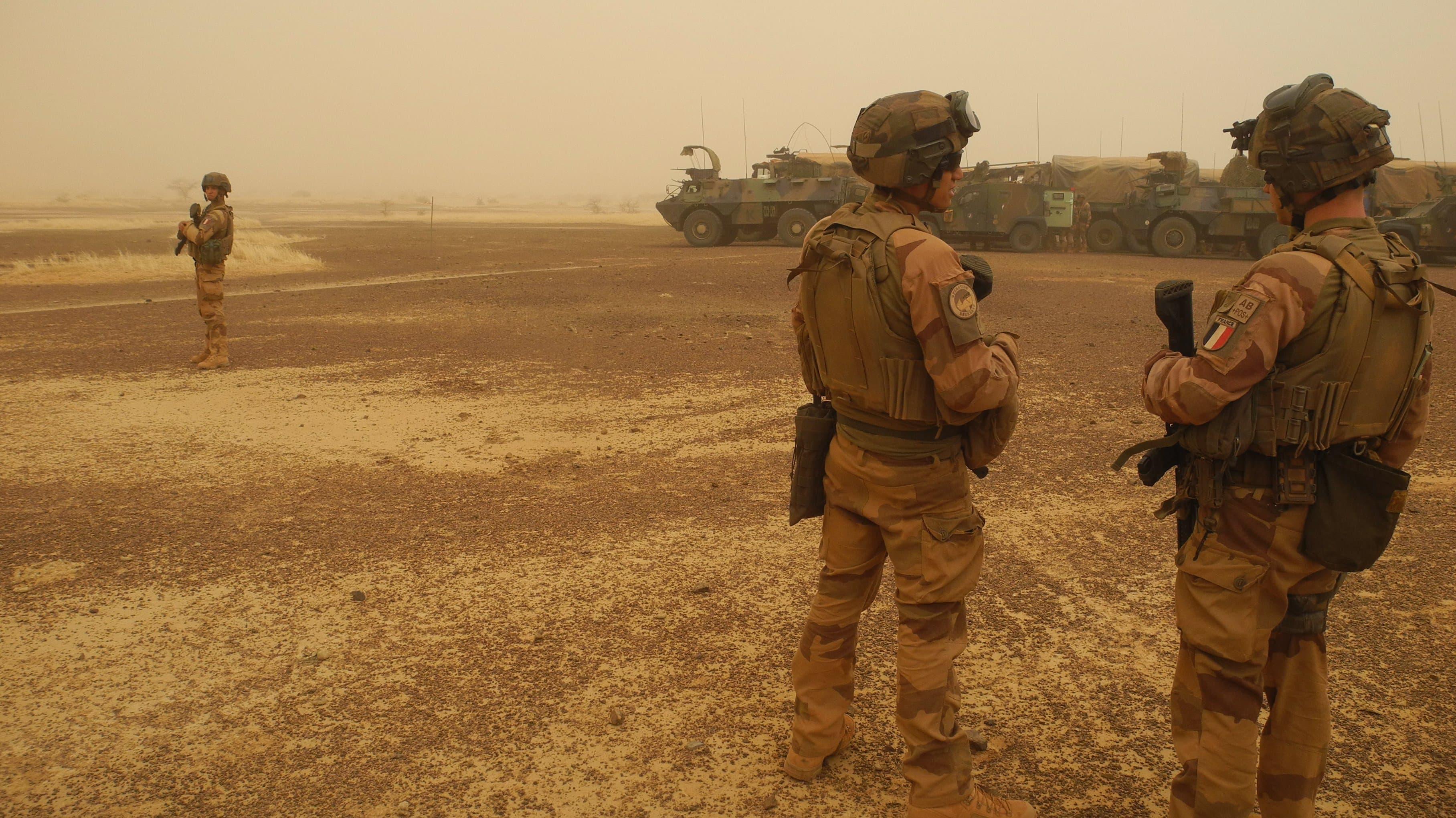 عناصر من قوة بارخان الفرنسية في مالي