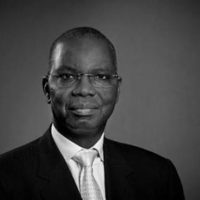 أوسمان مامودو كان ـ وزير الشؤون الاقتصادية وترقية القطاعات الإنتاجية