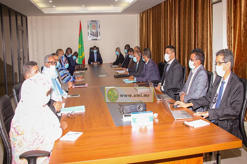 المجلس الوطني للرقمنة خلال اجتماعه الخميس تحت رئاسة الوزير الأول محمد ولد بلال (وما)