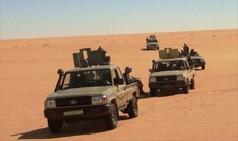 سيارات تابعة للجيش الجزائري