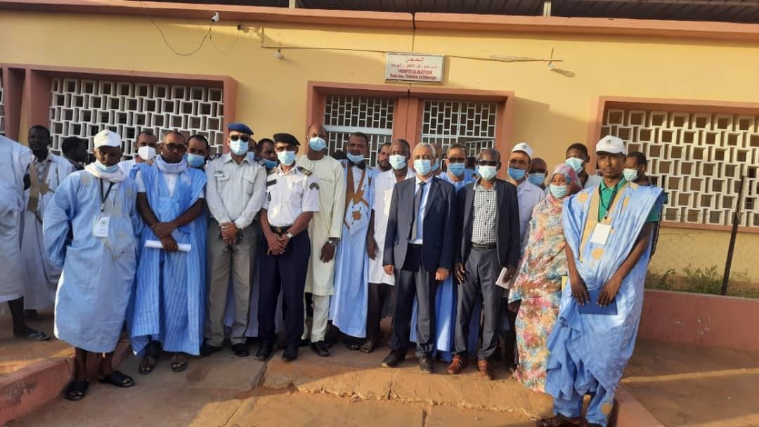 جانب من حضور النشاط المسائي بمناسبة انطلاق عمل القافلة الطبية