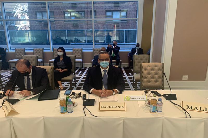 وزير الخارجية إسماعيل ولد الشيخ أحمد خلال مشاركته في الاجتماع (وما)