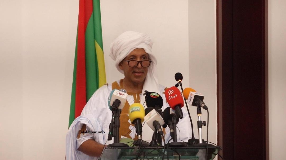 المدير العام للبنك الوطني لموريتانيا محمد ولد انويكظ خلال خطابه اليوم (الأخبار)