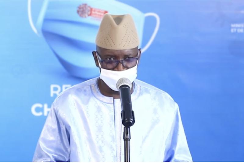 وزير الداخلية السنغالي علي نغوي انجاي